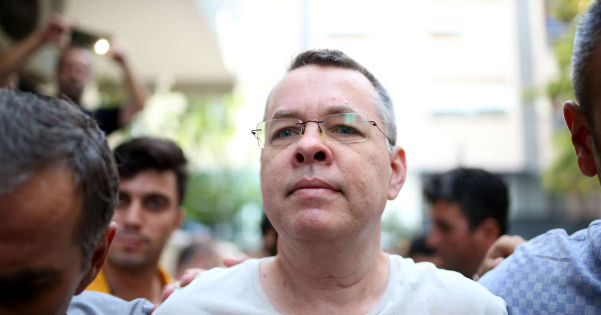 Turkey court frees US pastor after two-year detention