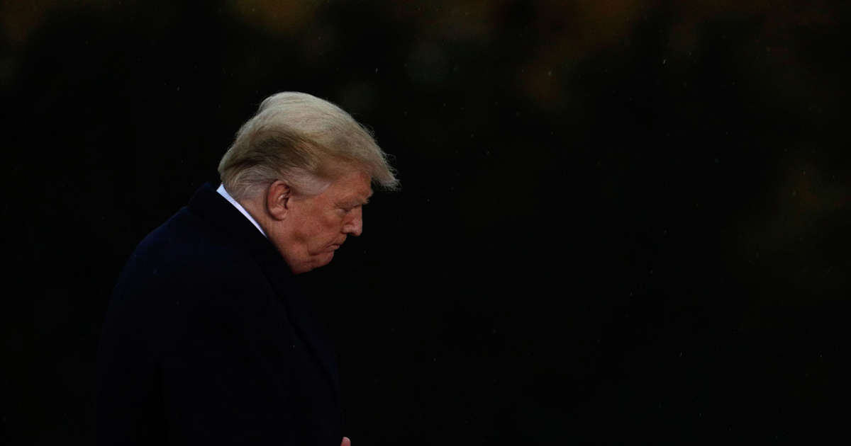 Trump, stung by midterms and nervous about Mueller, retreats from traditional presidential duties