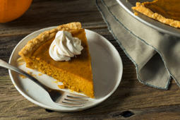 How To Make Our Easiest Pumpkin Pie Ever