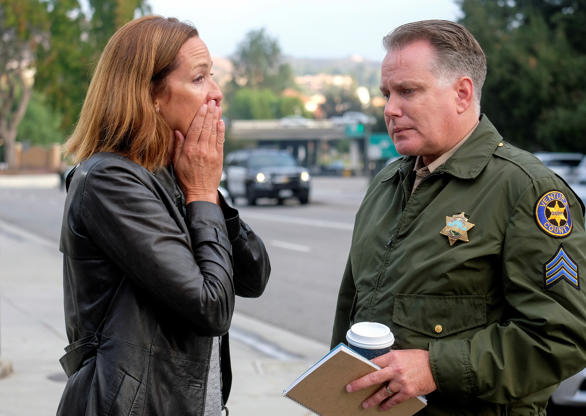 Thousand Oaks shooting leaves 13 people dead, including gunman, and 18 injured BBPuPmi