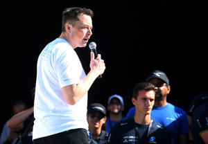 Elon Musk, founder, CEO and lead designer at SpaceX and co-founder of Tesla, speaks at the SpaceX Hyperloop Pod Competition II in Hawthorne, California, U.S., August 27, 2017.  REUTERS/Mike Blake
