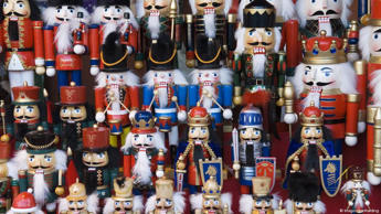 Germany is a leading manufacturer of traditional nutcrackers. Today, the decorative Christmas figures are collected by people all over the world. While they have been around for ages, the wooden dolls only became popular in the US in the 1950s. The nutcracker acquired its iconic status through a globalized transmission of popular culture.