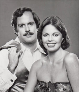 Toni Tennille and Daryl Dragon in 1976 in Los Angeles, California. (Photo by Harry Langdon/Getty Images)
