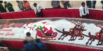 Christmas: 750 kg plum cake on display in Ahmedabad