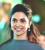 What's behind Deepika's viral pic
