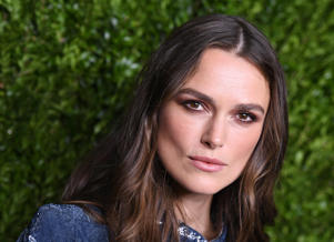 Keira Knightley attends the Chanel Fine Jewelry Dinner in honor of Keira Knightley and debut of the Jewel Box at Bergdorf Goodman in New York on September 6, 2016 / AFP / ANGELA WEISS        (Photo credit should read ANGELA WEISS/AFP/Getty Images)