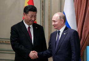 BUENOS AIRES, ARGENTINA - NOVEMBER 30, 2018: China's President Xi Jinping (L) shakes hands with Russia's President Vladimir Putin during a bilateral meeting on the sidelines of the 2018 G20 Leaders' Summit. Mikhail Metzel/TASS (Photo by Mikhail Metzel\TASS via Getty Images)