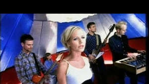 The Cardigans vinyl album remasters: Emmerdale / Life / First Band On The Moon / Gran Turismo / Long Gone Before Daylight / Super Extra Gravity. Release date 1 Feb 2019, pre order now https://cardigans.lnk.to/vinyl