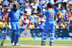 'NZ pacers must snuff out Rohit, Dhawan early'