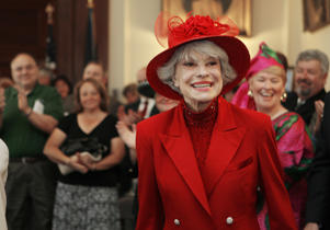 This June 27, 2007 file photo shows singer and actress Carol Channing in Concord, N.H. Channing, whose career spanned decades on Broadway and on television has died at age 97. Publicist B. Harlan Boll says Channing died of natural causes early Tuesday, Jan. 15, 2019 in Rancho Mirage, Calif.