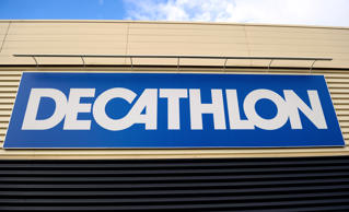 A picture taken on February 25, 2014 shows a logo of a Decathlon store on February 25, 2014 in the French northern city of Villeneuve d'Ascq.       AFP PHOTO PHILIPPE HUGUEN / AFP PHOTO / Philippe HUGUEN        (Photo credit should read PHILIPPE HUGUEN/AFP/Getty Images)