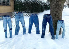 Minnesota neighbourhood fills up with frozen pants. Video credit: Pam Metcalf