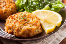 Organic Homemade Crab Cakes with Lemon and Tartar Sauce
