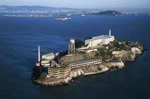 UNITED STATES - JANUARY 26: Aerial view of Alcatraz Island with The Rock, maximum security federal penitentiary from 1934 to 1963, San Francisco Bay, California, United States of America. (Photo by DeAgostini/Getty Images)