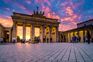 BERLIN, GERMANY - SEPTEMBER 23, 2015: Famous Brandenburger Tor (Porta di Brandeburgo), one of the most famous monuments and national symbols of Germany