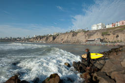 Peru, Lima, Barranco. Surfing on the waves of Costa Verde. (Photo by: Federico Tovoli /VW PICS/UIG via Getty Images)