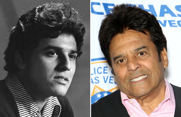 Dia 1 van 46: CAPTION: OCT 19 1970, OCT 20 1970; Erik Estrada; Actor by accident.; (Photo By Bill Wunsch/The Denver Post via Getty Images)  CAPTION: LAS VEGAS, NEVADA - JANUARY 19: Actor Erik Estrada attends the grand opening of Police Chase Las Vegas on January 19, 2019 in Las Vegas, Nevada. (Photo by Gabe Ginsberg/Getty Images)