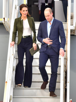 AKROTIRI, CYPRUS - DECEMBER 05: Catherine, Duchess of Cambridge and Prince William, Duke of Cambridge arrive for an official visit to RAF Akrotiri on December 05, 2018 in Akrotiri, Cyprus. (Photo by Samir Hussein/WireImage)