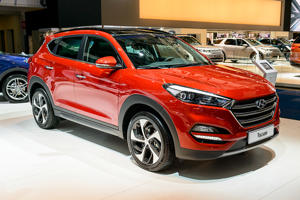 BRUSSELS, BELGIUM - JANUARY 13:    Hyundai Tucson compact SUV car on display at Brussels Expo on January 13, 2017 in Brussels, Belgium. The third generation of the Hyundai Tucson is available with various petrol and diesel engines and trim levels. (Photo by Sjoerd van der Wal/Getty Images)
