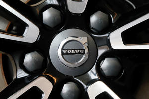 Volvo logo on a wheel