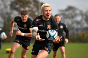 EXETER, ENGLAND - MARCH 20:  Jack Nowell of Exeter Chiefs releases a pass during a training session at Sandy Park on March 20, 2019 in Exeter, England. (Photo by Dan Mullan/Getty Images)