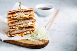 How to make spicy chicken katsu sandwich