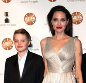 LOS ANGELES, CA - FEBRUARY 03:  Shiloh Nouvel Jolie-Pitt (L) and mother actress Angelina Jolie attend the 45th Annual Annie Awards at Royce Hall on February 3, 2018 in Los Angeles, California.  (Photo by David Livingston/Getty Images)
