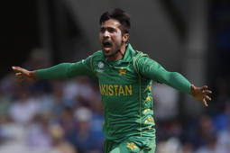 Amir left out of Pakistan's World Cup squad