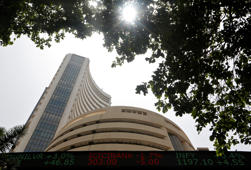 Sensex jumps 100 points; RIL, financials lead gainers