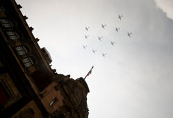 Mexican Air Force planes overfly Zocalo Square during the celebrations for a new anniversary of the country's independence, in Mexico City on September 16, 2018. (Photo by Alfredo ESTRELLA / AFP)        (Photo credit should read ALFREDO ESTRELLA/AFP/Getty Images)