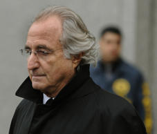 Bernard L. Madoff leaves  US Federal Court  January 14, 2009 after a hearing regarding his bail in New York