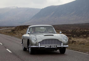 James Bond's Aston Martin DB5 James Bond's Aston Martin DB5 was spotted today as filming for the new James Bond movie continued in Glencoe. Daniel Craig was not there.