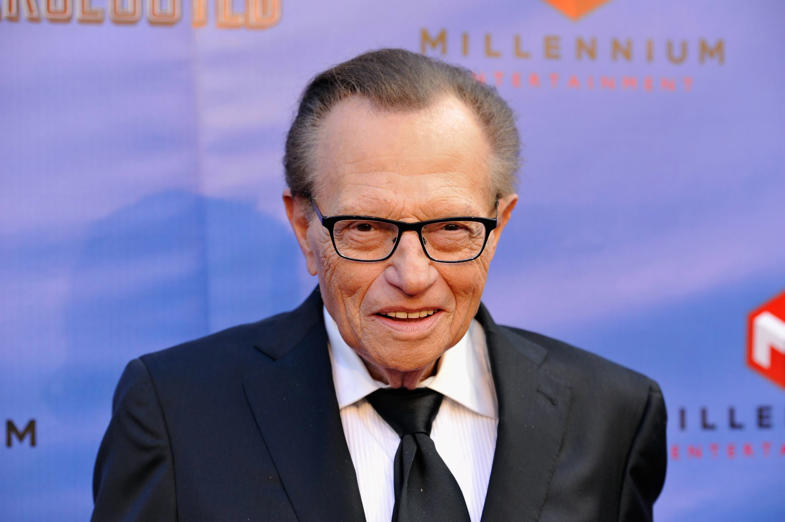 Larry King, the famous newspaper editor and radio personality was once in debt of over US $352,000 and was arrested after being accused of grand larceny by a former business partner in the 1971. He filed for bankruptcy in 1978, the very same year his career took off.