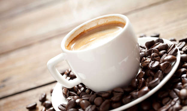 Diapositiva 1 de 15: There are different ways in which coffee is consumed in different parts of the world. Let's take a look some interesting styles.