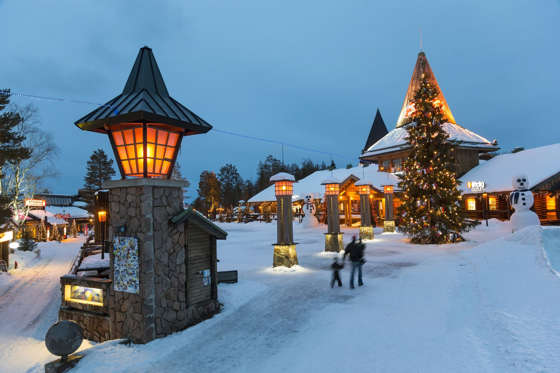 Considered the official hometown of Santa Claus, one of the Christmas traditions here include visiting the Santa Claus Village. Santapark, the home cavern of Santa, gives a first-hand experience of Santa and his elves' lives.