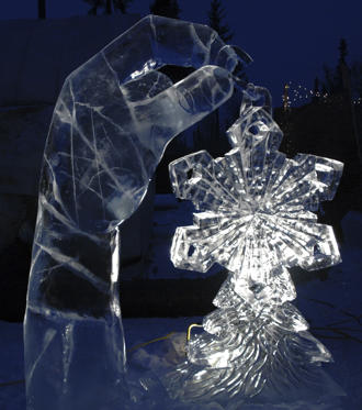 Every year, the city hosts two festivals: Christmas In Ice and Winterfest. An ice art competition, fireworks show, holiday bazaar, Christmas tree lighting are some of the events that take place.