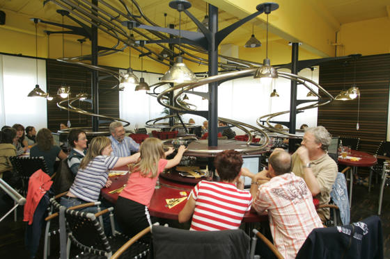 Διαφάνεια 1 από 19: World's weirdest restaurants