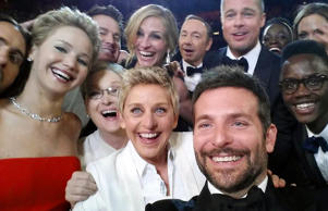 Oscars selfie - Best and worst Oscars moments