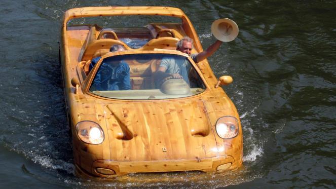 Как сделать плавающий автомобиль