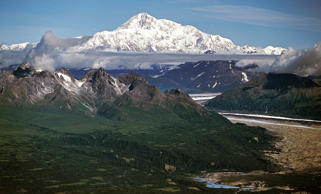 Mount McKinley in Denali National Park, Alaska. DeAgostini/Getty Images
