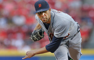 Detroit Tigers starting pitcher David Price (14) throws in the first inning of a baseball game against the Cincinnati Reds, Wednesday, June 17, 2015, in Cincinnati.