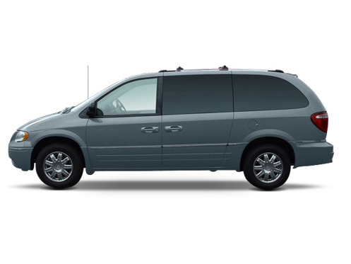 Slide 1 of 8: 2005 Chrysler Town & Country