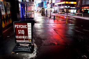 Psychic sign in Midtown Manhattan, New York. Oliver Morris/Getty Images