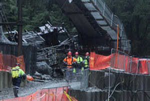 The government has announced funding for a walkway from the Pike River mine where 29 workers died.