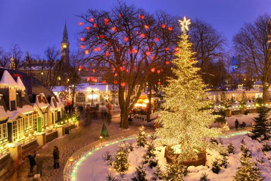 VARIOUS The Christmas tree in Tivoli, Copenhagen, Denmark, Europe