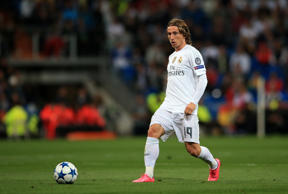 Luka Modric urges Real Madrid to fight back after Barca bruising