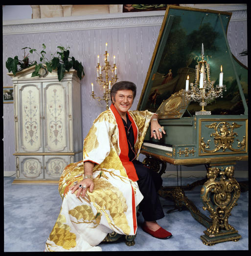 LIBERACE Special. 'Leapin' Lizards, It's Liberace!'. Image dated 1978. (Photo by CBS via Getty Images)