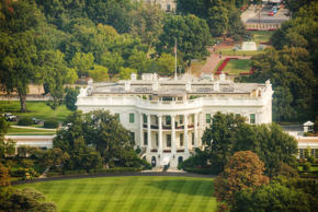 The White Hiuse aerial view in Washington, DC, USA