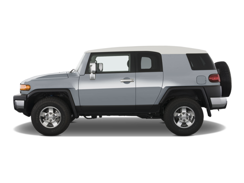 Slide 1 of 25: 2013 Toyota FJ Cruiser
