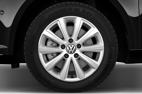 Slide 1 of 25: 2015 Volkswagen Touran